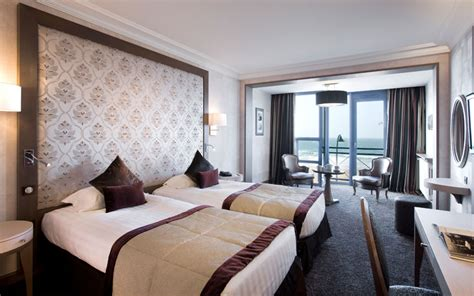 hotel chambre avec bretagne hotel 5 étoiles vue mer à malo bretagne