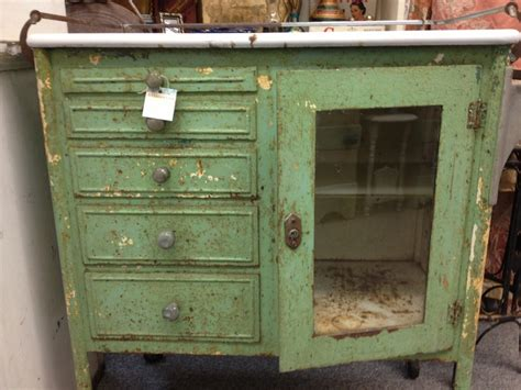 mixed kitchen cabinets 17 best images about summer cottage antiques on 4174