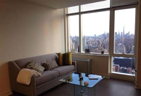 Nyc Apartments With Swimming Pools, Available To Rent Or