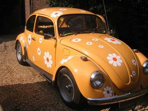 Classic Vw With White Daisies With Orange Centers. Daisy