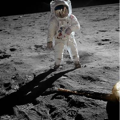 physics - Did astronauts leave footprints on the moon