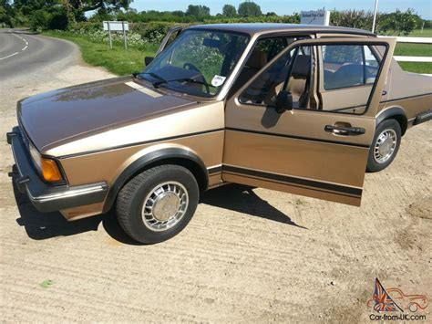 volkswagen gold volkswagen jetta gl automatic gold 1983 very rare only