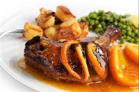 cuisiner le pigeon recette de canard à l 39 orange express facile et rapide
