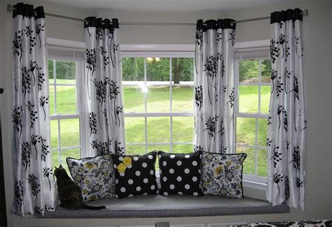 Bay Windows With Black White Curtain Decor #7842 Curtain Side Trailer Straps Blackout Bedroom Curtains Uk Home Trends Brand Over Entry Door Linen Eyelet Nz Black Target Hookless Lined Shower 100 Long Panels