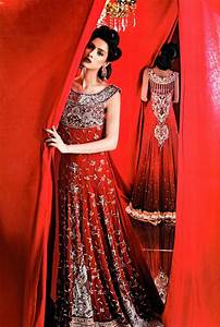 Dress indian weddings trousseau by soma sengupta for Red indian wedding dress