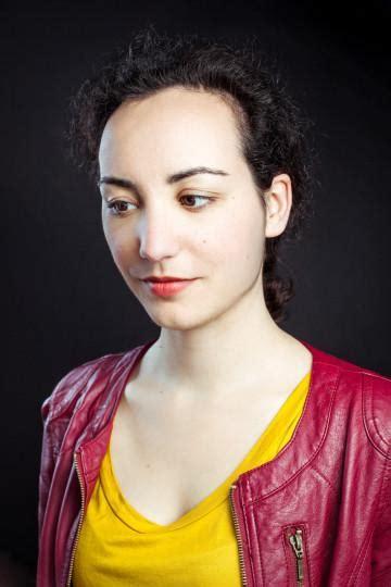Florence porcel, reconnue sur youtube pour ses travaux de vulgarisation scientifique, a porté plainte pour viols contre patrick poivre d'arvor, qu'elle a rencontré à l'âge de 21 ans alors que l'ancienne. Photos de Florence Porcel - Babelio.com