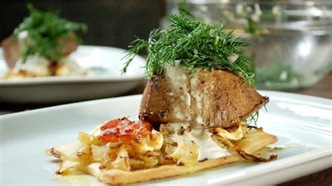cuisiner le foie de veau tarte bacon fenouil et chèvre pavé de foie de veau