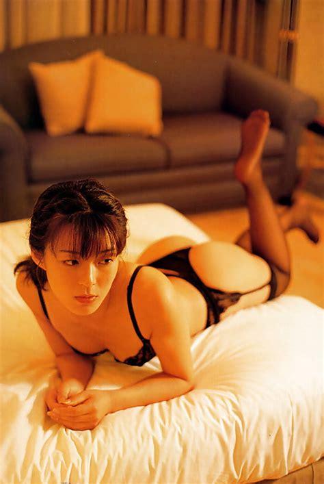 Nozomi Kurahashi 25 Bilder