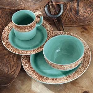 Western Scroll Turquoise Dinnerware Set 16 Pcs