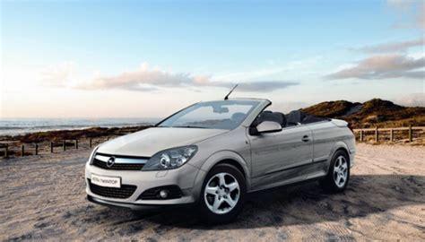 Opel Renunta La Astra Twin-top