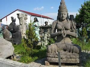 Skulpturen Für Garten : garten buddhas kaufen buddha statuen und skulpturen reliefs pagoden und figuren aus stein ~ Watch28wear.com Haus und Dekorationen