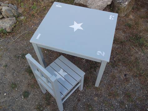 chambre et table d h es ensemble table d 39 enfant et chaise en bois patine bleu gris