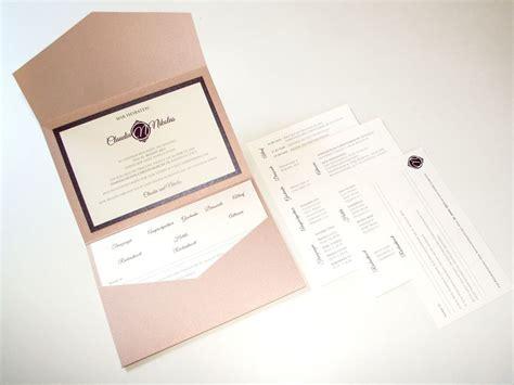 einladung pocketfold mit einlegern  aubergine rosa