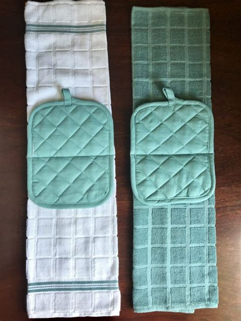 Kitchen Towels And Hotpads by Hanging Kitchen Towel Easy Sewing Project Sewing