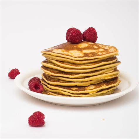 Pankūkas - biezas pankūkas pienā (american pancakes)