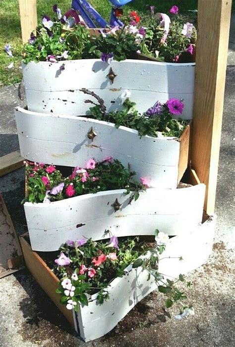 Use Dresser Drawers Flower Planters Crafts
