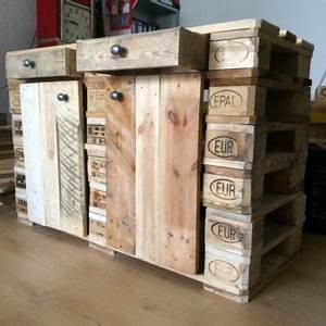 Europaletten Möbel Kaufen : schrank aus paletten kommode sideboard aus europaletten ~ A.2002-acura-tl-radio.info Haus und Dekorationen