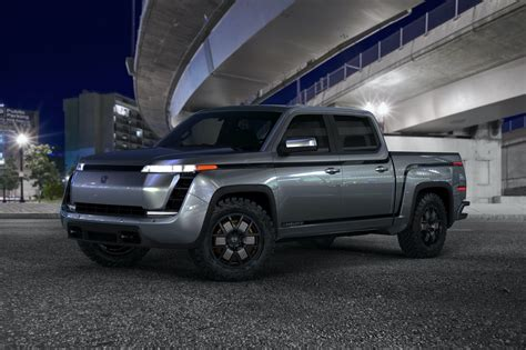 lordstown unveils  endurance electric pickup truck