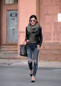 Best 25+ Distressed black jeans ideas only on Pinterest | Black distressed jeans Black jeans ...