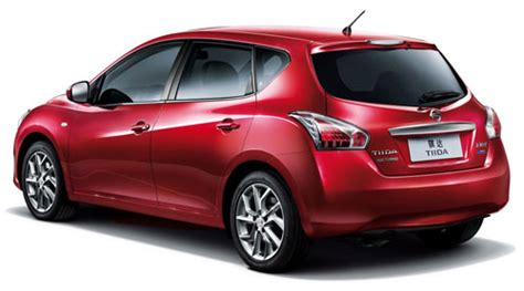 Bigger and curvier new Nissan Latio/Tiida hatch unveiled ...