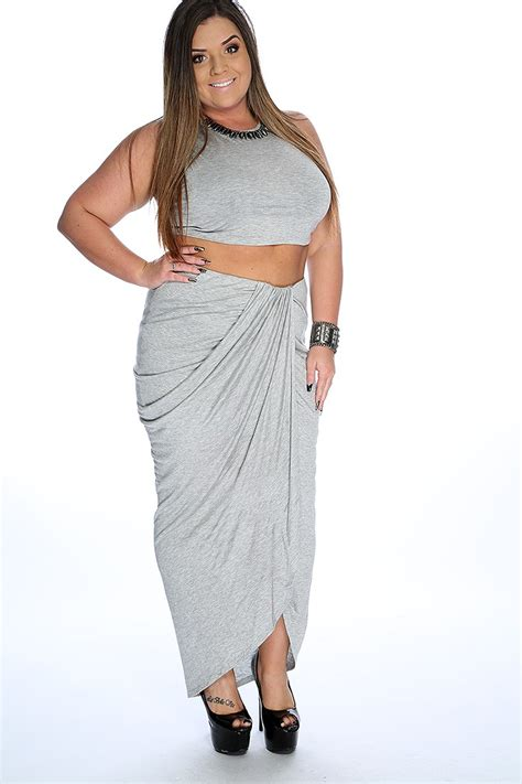 Grey Sleeveless Plus Size 2 Piece Outfit
