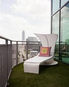 Gazon Artificiel Balcon : mobilier de balcon et toit terrasse en 50 id es modernes ~ Edinachiropracticcenter.com Idées de Décoration