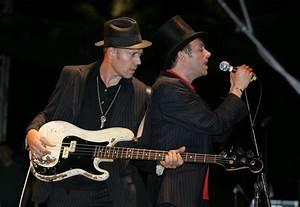 muchas fotos de Damon Albarn (blur) 2005 - 2010 - Taringa!