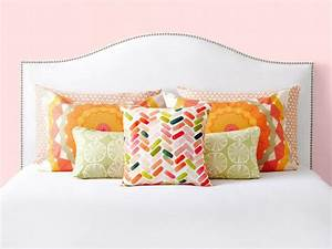 6 Bedroom Pillow Arranging Tricks To Try HGTV