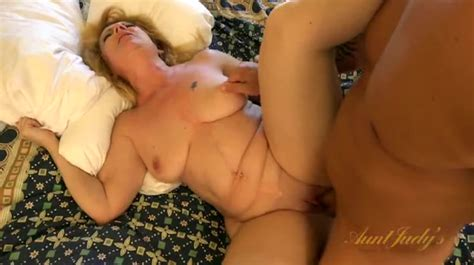 Hardcore Hotel Room Sex With A Curvy Mature Blonde Alpha