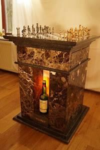 Schach whisky tisch catawiki for Whisky tisch