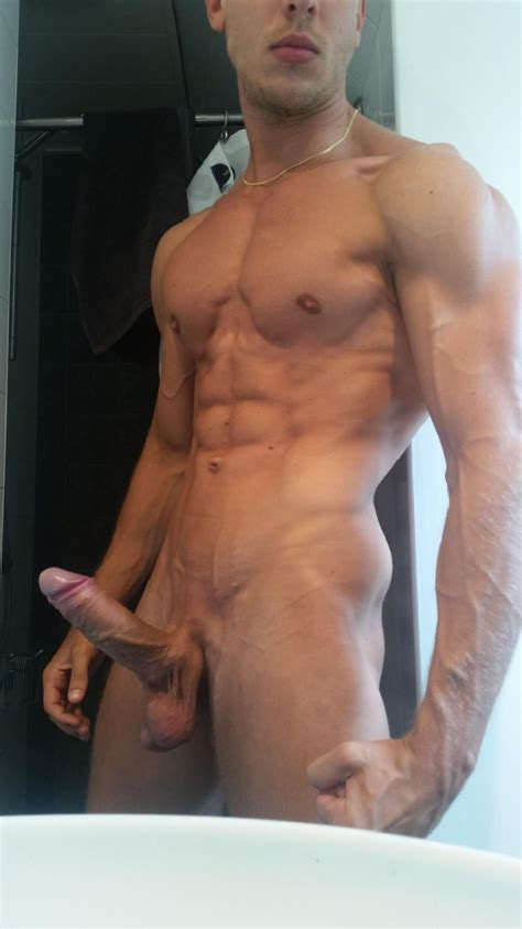 Muscular Body And Big Hard Cock Nude Horny Guys
