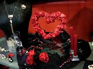 Vitrine Saint Valentin : vitrine de bijouterie ~ Louise-bijoux.com Idées de Décoration
