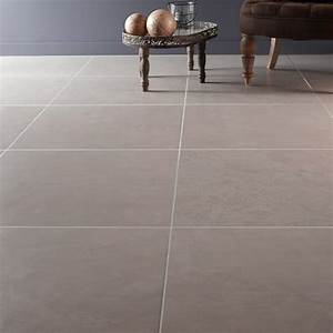 Küchentisch 60 X 60 : carrelage sol et mur laiton effet b ton studio x cm leroy merlin ~ Markanthonyermac.com Haus und Dekorationen