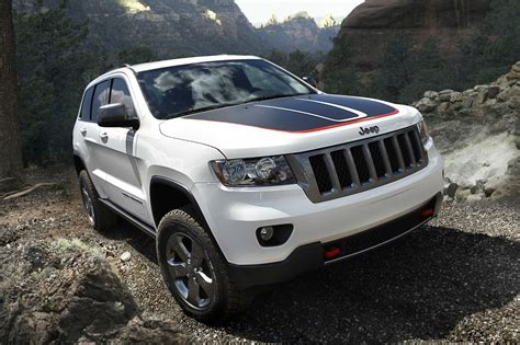 jeep grand cherokee trailhawk lifted introducing the 2013 jeep grand cherokee trailhawk the