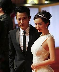 english news 英语新闻-Yang Mi and Hawick Lau get married