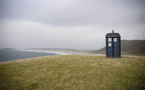 If you're looking for the best doctor who tardis wallpaper then wallpapertag is the place to be. Tardis HD Wallpaper - WallpaperSafari