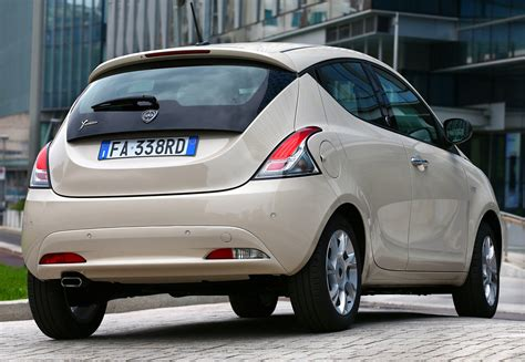 Lancia Ypsilon Specs & Photos