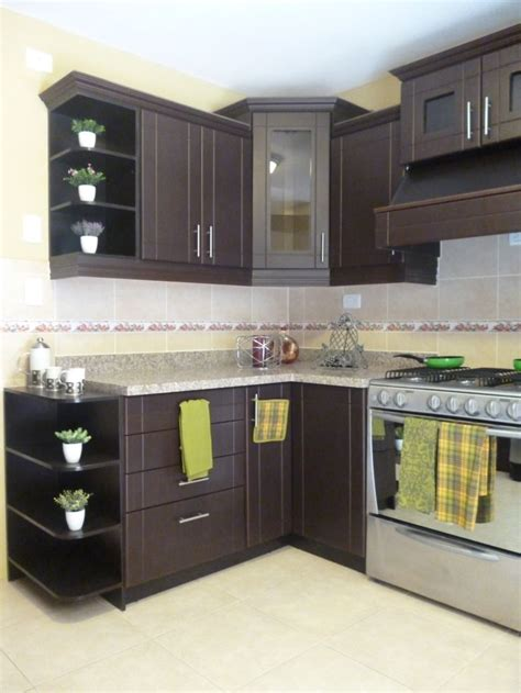 asegurate de  los gabinetes de cocina sean