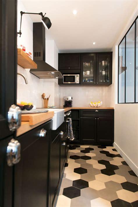 les decoration des cuisines cuisine carreaux ciment 12 photos de cuisines tendance