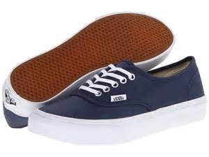 Vans Tennis Shoes Women