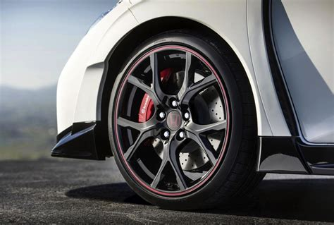 2015 honda civic type r previewed again sporty details