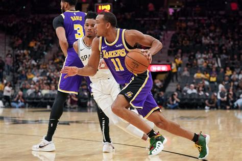 Report: Avery Bradley to decline 2020-21 player option ...