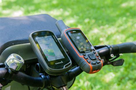 Vergleich Garmin Oregon 600 ★ Garmin GPSmap 64s
