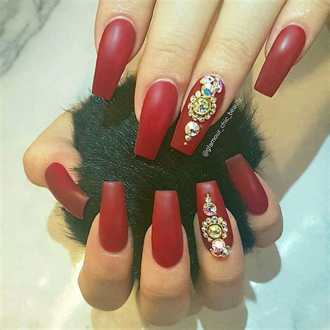 red velvet nails nailpro