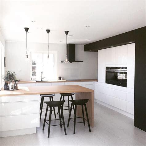 Cucine Moderne Bianche E Legno by 100 Idee Cucine Moderne In Legno Bianche Nere Colorate