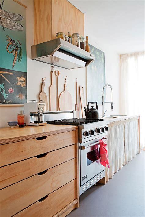 disenos de cocinas  incorporan madera  la decoracion