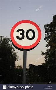 6 Km H Schild : tempolimit schild 30 30 km h meilen pro stunde beleuchtet ~ Jslefanu.com Haus und Dekorationen
