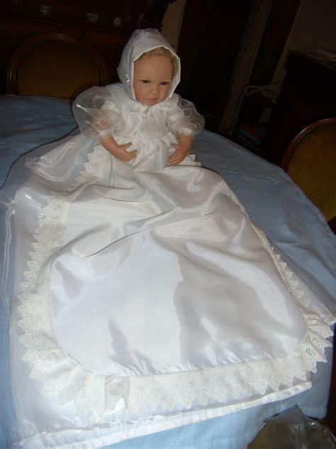 tabliers cuisine robe de baptême pour bébé en organza couture