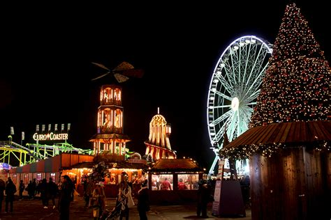 zootastic park christmas wonderland lights christmas in london markets mulled wine and shows