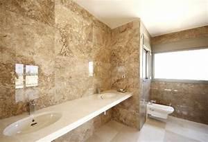 101 photos de salle de bains moderne qui vous inspireront With carrelage marbre salle de bain